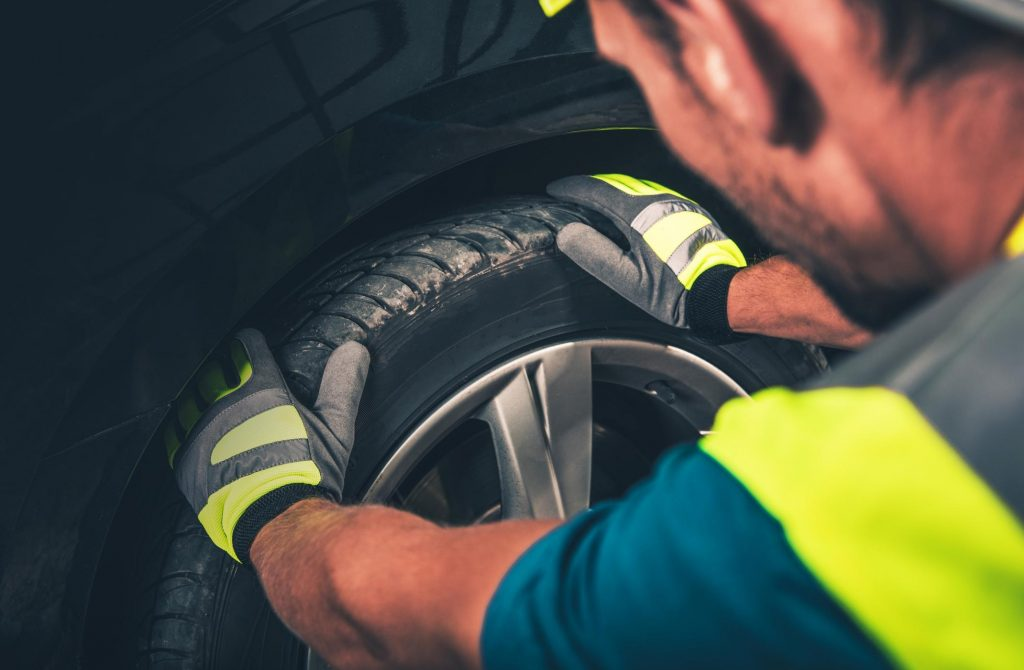 North Bay Towing Service - Tire Change 2